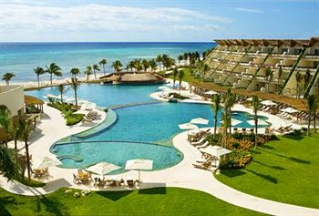 Grand Velas Riviera Maya Luxury Hotel
