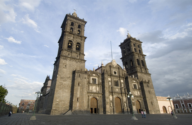 puebla-catedral-groups