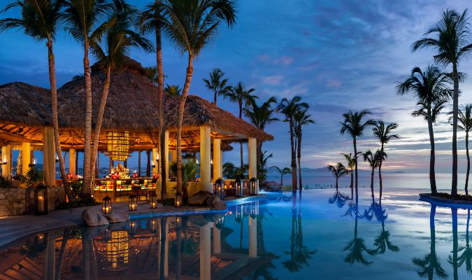 One&Only Palmilla Agua Pool & Bar