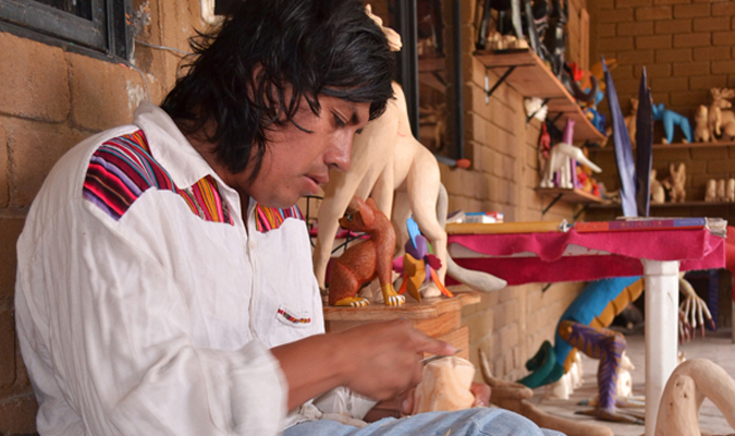 Carving Alebrijes in San Martin
