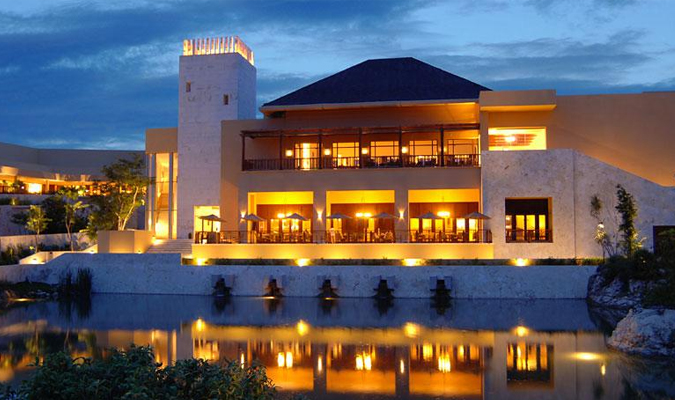 Luxury hotel in Mayakoba Mexico