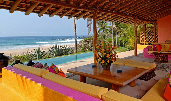 The luxury boutique hotel in Costalegre, Las Alamandas is a romantic retreat on the Pacific Coast managed as an elegant, private estate where guests are accorded the highest standards of hospitality. | https://www.journeymexico.com/hotel/las-alamandas