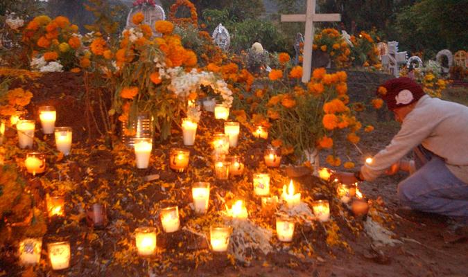 Dia De Los Muertos Day Of The Dead In Mexico Journey Mexico