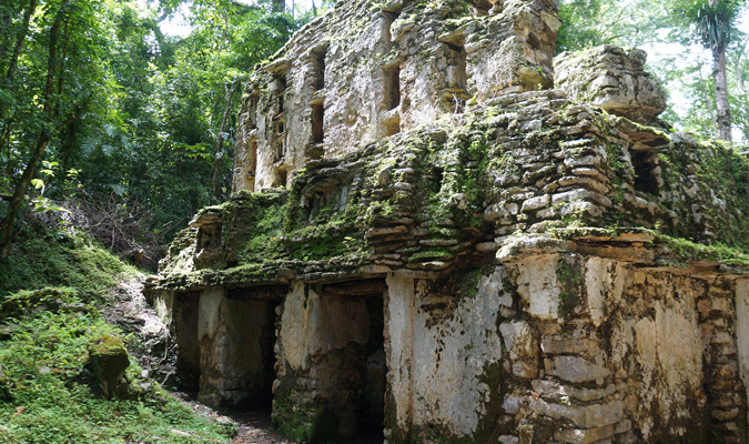 yaxchilan-archaeological-site