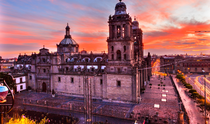 mexico-city-df-centro-copyright-iStock