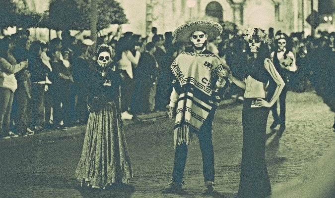 A Day of the Dead parade