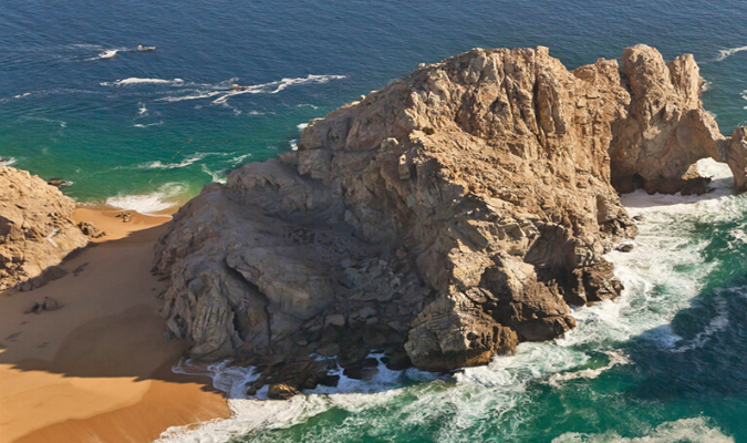 los-cabos-swimmable-beach-lovers-ME-cabo-