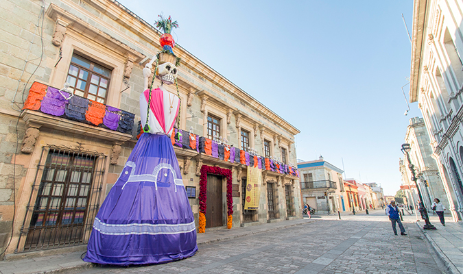 Day of the dead in oaxaca escorted group tour journey for Oaxaca to mexico city