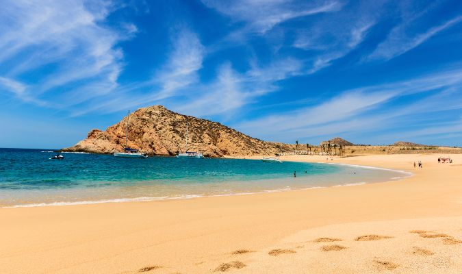 7 Swimmable Beaches In Los Cabos