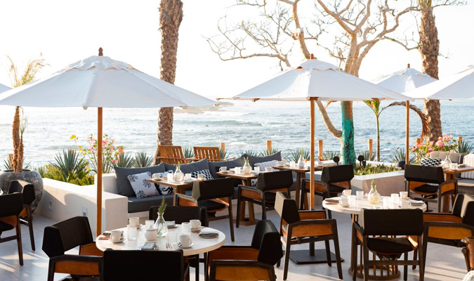Chileno Bay dining