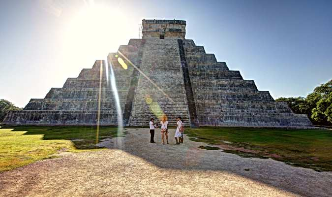 Visit Chichen Itza on your Mexican family vacation